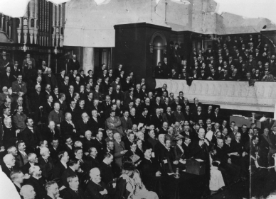 Churchill addressing a meeting in Manchester 1910